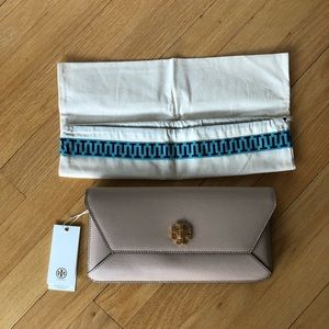 NWT Tory Burch Authentic Kira Envelope Clutch
